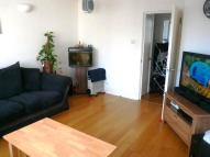 2 bed Flat to rent in Valley Road, London, SW16