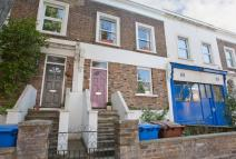 Flat to rent in CHOUMERT ROAD, London...