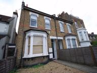 Flat to rent in Kent House Road, LONDON