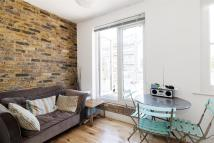 Apartment to rent in Kingsland Road...