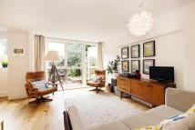 Apartment in Hertford Road...