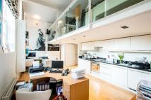 Apartment for sale in Westminster Bridge Road...