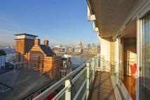 Apartment in New Globe Walk, Bankside...