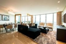 Apartment to rent in St Georges Wharf...