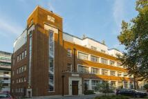 1 bedroom Apartment in Long Lane, London...