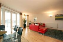 Apartment to rent in New Globe Walk, London...