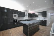 6 bedroom house in Gloucester Square...