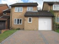Link Detached House to rent in Tollgate Hill, Crawley