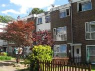 2 bed Ground Maisonette in Pound Hill, Crawley