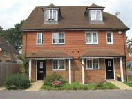 Horley semi detached house to rent