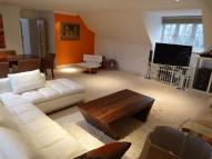 2 bed Penthouse in BANSTEAD