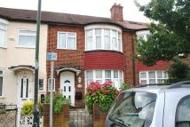 3 bedroom Terraced property in Edgehill Road, Mitcham...
