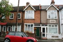 3 bed Terraced home for sale in Oakwood Avenue, Mitcham...