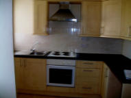 2 bedroom Flat in Carshalton Road...