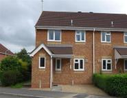 3 bed semi detached house in Horsefields, Gillingham