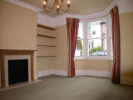 4 bed Terraced house to rent in Northcote Rd...