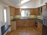 3 bed semi detached house in Pigeon Close...