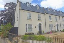 Town House for sale in Lansdowne Place...