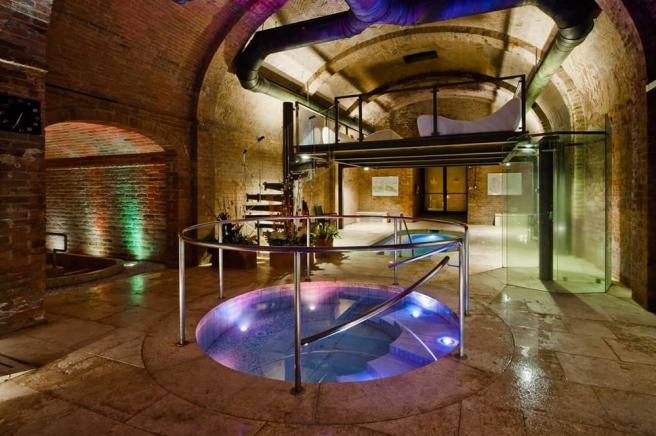 Osmotic saline bath