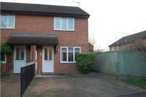 2 bedroom semi detached home to rent in Langley Road, ABINGDON...