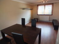Flat to rent in Paterson Crescent, Irvine