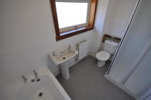2 bedroom End of Terrace property to rent in Glencraig Street, Drongan