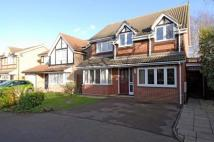 4 bed Detached house in Wychwood Close...