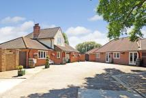 5 bedroom Detached property in Ashford Road...