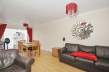 3 bedroom semi detached property to rent in New Road, Hanworth