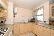 Staines Road West Apartment to rent