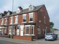 Flat to rent in West Street, Crewe...