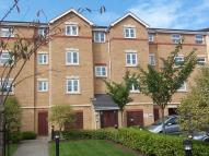 Flat to rent in Fenners Marsh, Gravesend