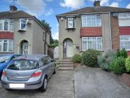 property to rent in Valley Drive, Gravesend