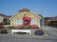2 bed Detached Bungalow in Lisle Close, Gravesend