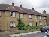 Flat to rent in Alfred Road, Gravesend