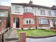 property for sale in Lamorna Avenue, Gravesend