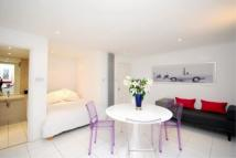 Flat in EDITH GROVE, CHELSEA...