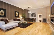 1 bedroom Flat to rent in HANS CRESCENT...