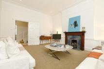 3 bed Maisonette in MELBURY ROAD...