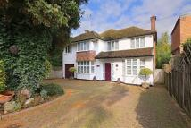 5 bed home in Goodyers Avenue, Radlett...
