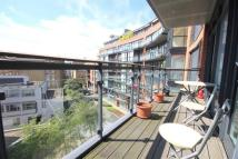 2 bedroom Flat in Hepworth Court...