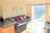 2 bedroom Flat in Regents Park Road...