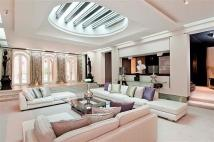 7 bed Detached property in Brick Street,, Mayfair