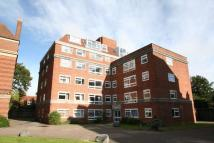 Apartment to rent in Woodstock Close...