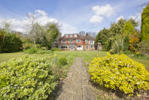 5 bed Detached house in Langton Green...