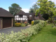 Detached house in Lynwood, Groombridge, TN3