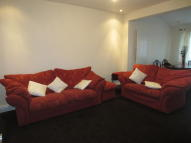 2 bedroom Flat to rent in Malvern Gardens, Kenton...