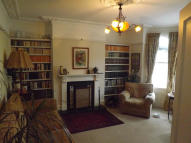 4 bed semi detached property to rent in Milward Road, Hastings...