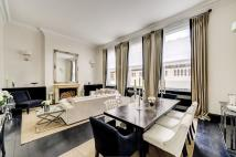 Apartment for sale in Cadogan Square, SW1X