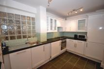 Ifield Road Flat to rent